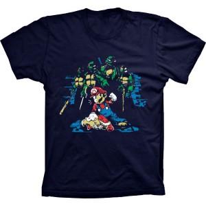 Camiseta Mário Bros X Tartarugas Ninjas