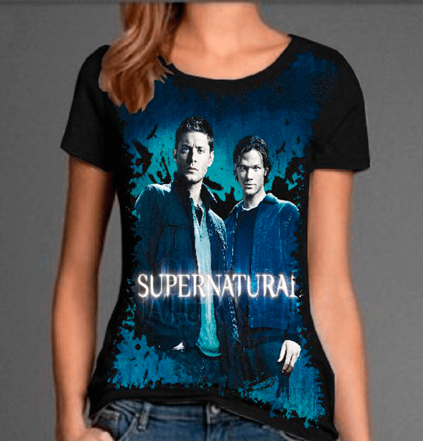 9489b68e23 Camiseta Supernatural Dean e Sam