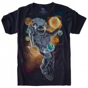 Camiseta Astronauta Malabarista