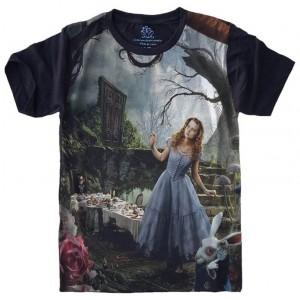 Camiseta Alice no País das Maravilhas