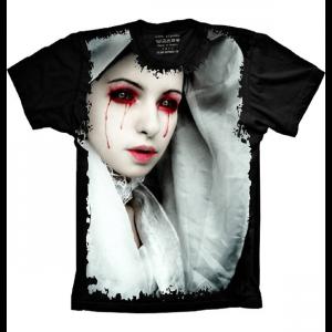 Camiseta Mulher De Olhos De Sangue